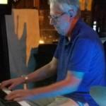 Charlie Schueller (keyboard)